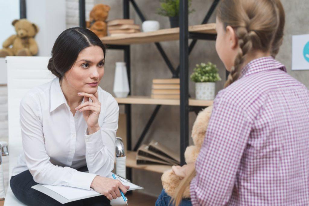 Клинический психолог за работой